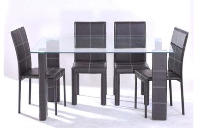 Design essgruppe banak 1 tisch 4 st hle miliboo for Essgruppe design