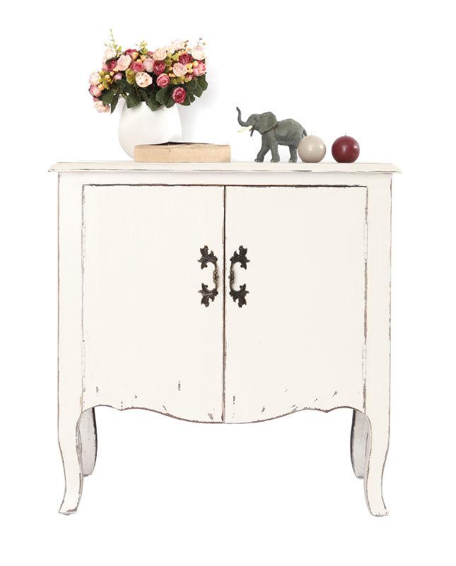 kommode rosala 2 t ren barock weiss miliboo. Black Bedroom Furniture Sets. Home Design Ideas