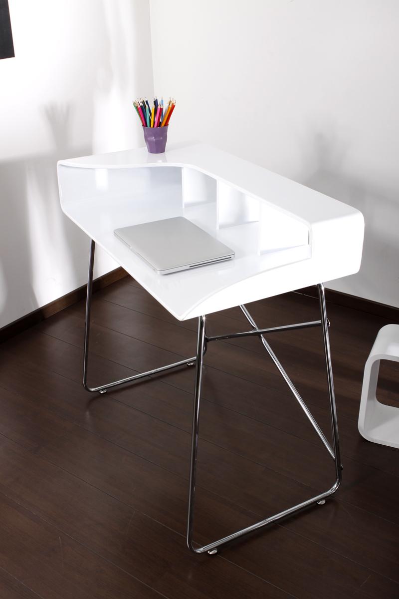 wei er design schreibtisch smile miliboo. Black Bedroom Furniture Sets. Home Design Ideas